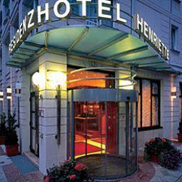 Shezan im Hotel Henriette
