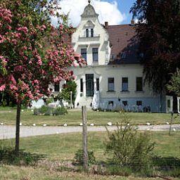 Hotel-Pension Gutshaus