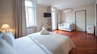 Hotel B&B Thea Monza Bed&Luxury : Bei HRS mit Gratis-Leistungen