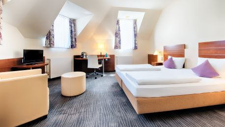Hotel Achat Premium City Wiesbaden 4 Hrs Sterne Hotel Bei Hrs Mit