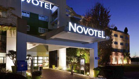 Hotel novotel saint quentin golf national magny les hameaux