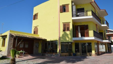 Hotel B&B La Terrazza sul Mare Avola - 3 HRS Sterne Hotel: Bei HRS ...