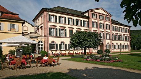 Badhotel Bad Brückenau 3 Sterne Hotel Bei Hrs Mit Gratis Leistungen