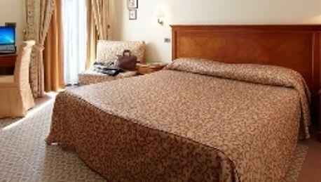 Le Terrazze sul Gargano Hotel & Ristorante - 3 HRS star hotel in San ...
