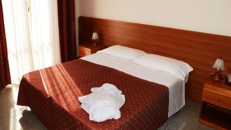 Hotel La Terrazza - 3 HRS star hotel in Potenza Picena