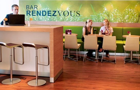 Hotel bar ibis Berlin Messe