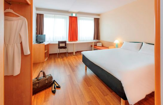 Standardzimmer ibis Berlin Messe