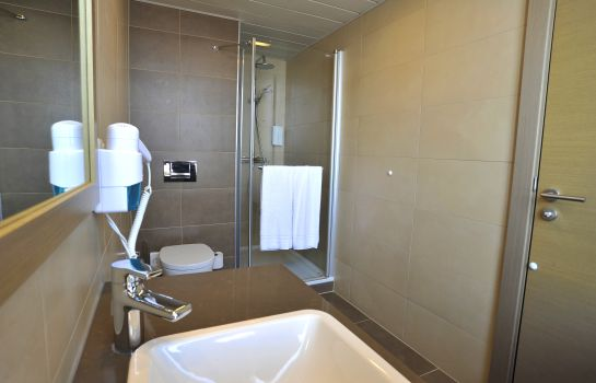 Badezimmer Golden Tulip Reiss