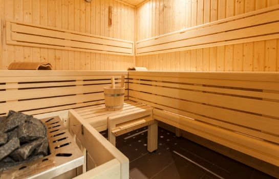 Sauna Golden Tulip Reiss