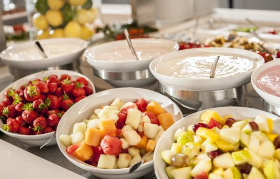 Breakfast buffet Dorint Seehotel & Resort