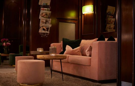 Hotelhalle Metropol by Maier Privathotels
