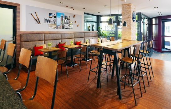 Hotelhalle Four Points by Sheraton Munich Central
