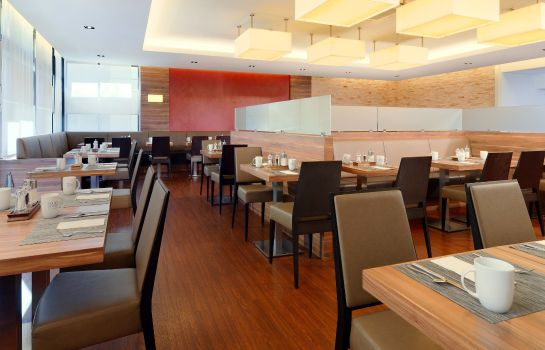 Restaurant Four Points by Sheraton Munich Central