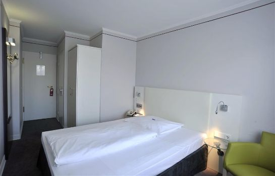 Single room (standard) Hotel Concorde München