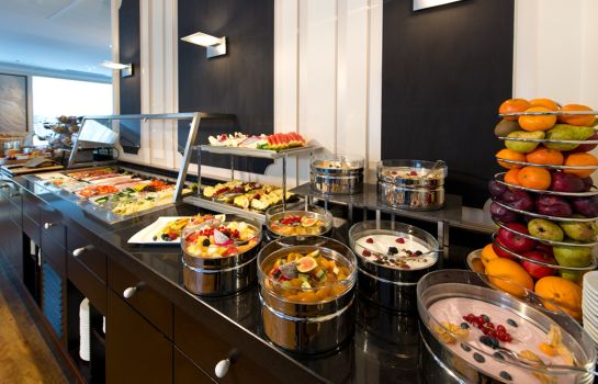 Ontbijtbuffet ACHAT Hotel Karlsruhe City