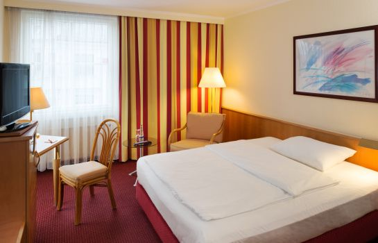 Single room (standard) Michel Hotel Landshut