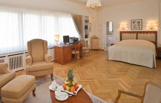 Suite Grand Hotel Cravat City Center