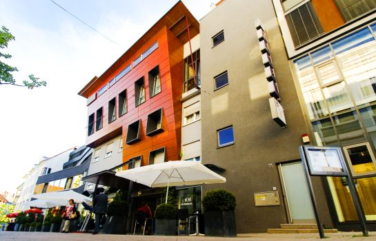 Hotel City Krone In Friedrichshafen Hotel De