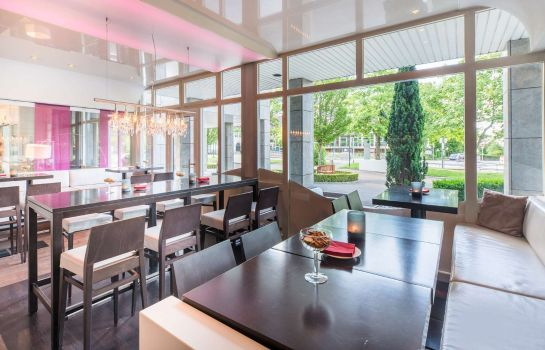 Hotel bar Best Western Plus Fellbach