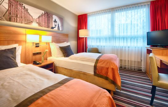 Double room (standard) Leonardo Hotel Hamburg City North