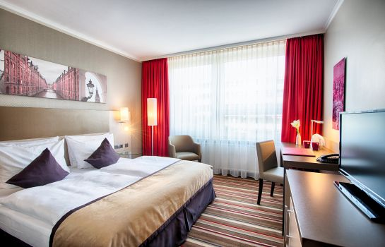 Room Leonardo Hotel Hamburg City North