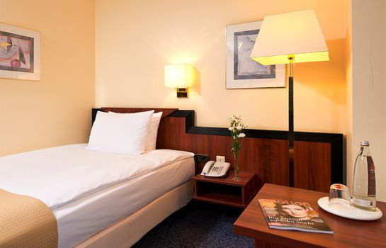 Einzelzimmer Standard Leonardo Hotel Frankfurt City South ehem. Holiday Inn FRANKFURT AIRPORT - NORTH