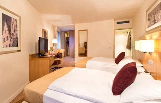 Double room (superior) Leonardo Royal Hotel Frankfurt