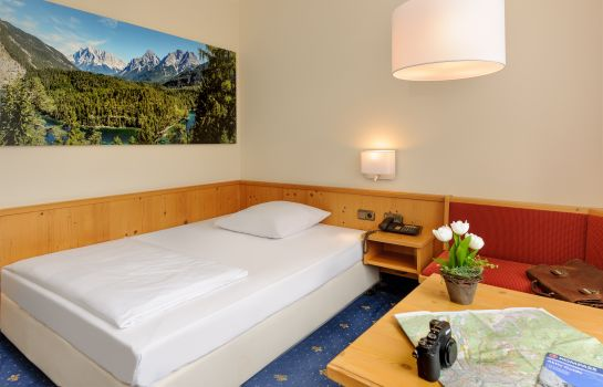 Single room (standard) Mercure Hotel Garmisch Partenkirchen