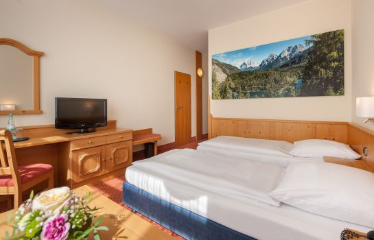 Double room (standard) Mercure Hotel Garmisch Partenkirchen