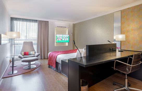 Zimmer Holiday Inn BRUSSELS AIRPORT