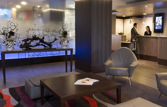 Hotelhalle Best Western Plus Paris Orly Airport