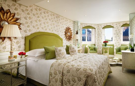 Suite Junior The Chesterfield Mayfair Red Carnation Hotel