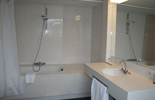 Badkamer Design Maastricht : Derlon hotel maastricht u great prices at hotel info