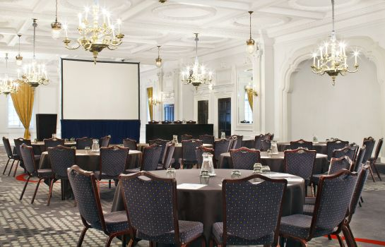 Conference room Le Meridien Piccadilly