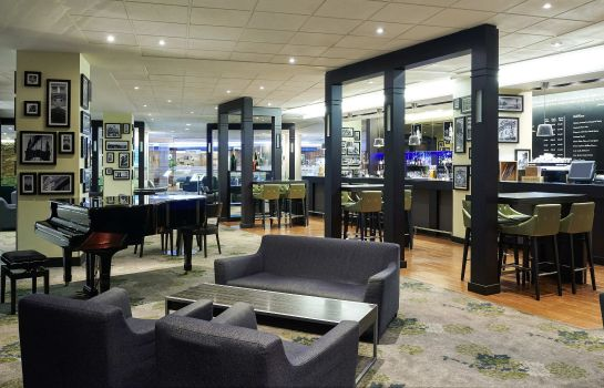 Bar del hotel Novotel London West