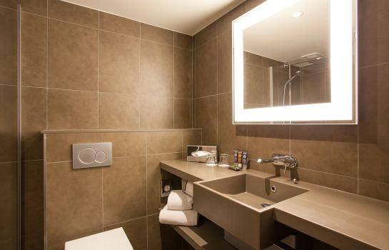 Bagno in camera Novotel London West