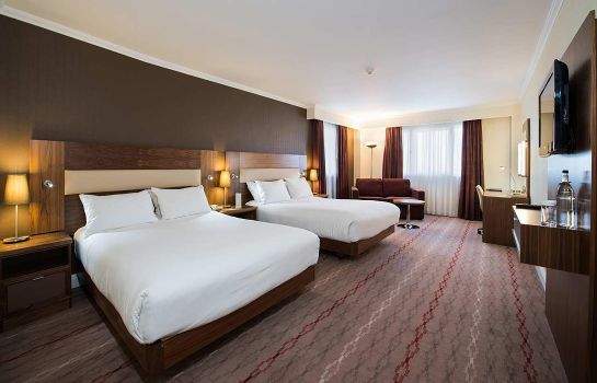 Room DoubleTree by Hilton Bristol North