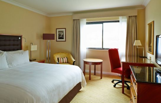 Zimmer Heathrow/Windsor Marriott Hotel