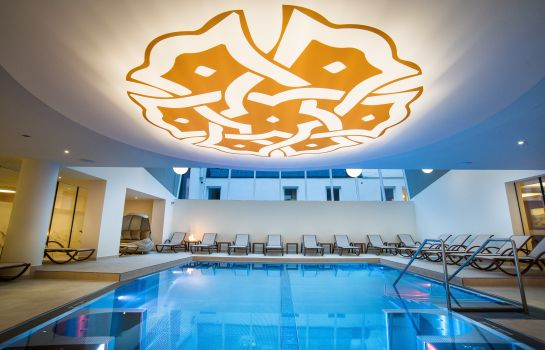 Whirlpool Hotel Norica Therme****S