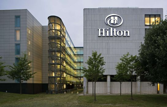 Vista esterna Hilton London Gatwick Airport