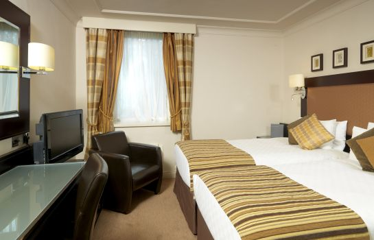 Room THISTLE HEATHROW TERMINAL 5