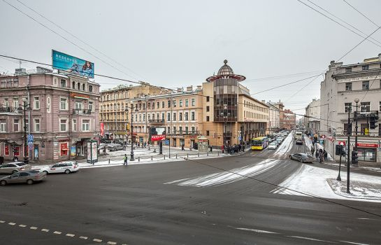 Surroundings Nevsky Express
