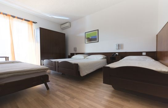 Four-bed room Besso