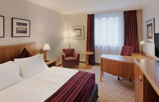Zimmer Crowne Plaza HAMBURG - CITY ALSTER