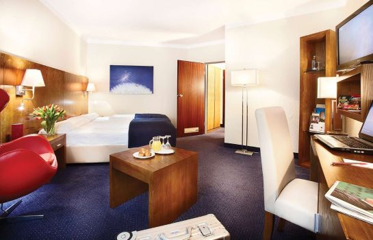 Room Golden Tulip Bielefeld City