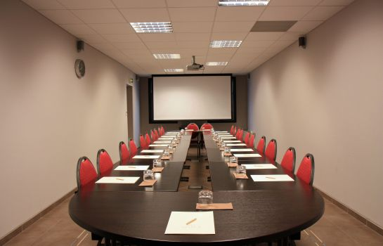Meeting room Henry II Beaune Centre