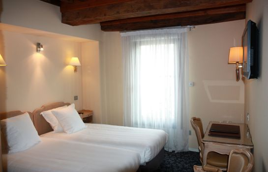 Double room (superior) Henry II Beaune Centre