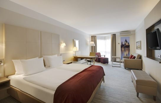 Double room (superior) Crowne Plaza HANNOVER