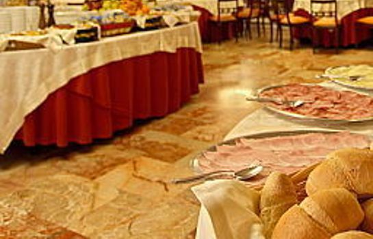 Ontbijtbuffet Grand Hotel Duomo