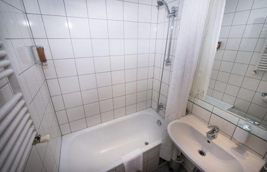 Badezimmer Pakat Cityhotel